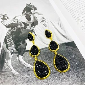 AMRITA SINGH East Hampton Star Drop Earrings Black